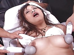 extreme porn : young naked asian girls